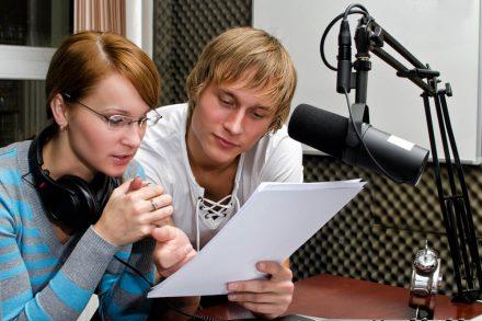 como fazer um script de rádio