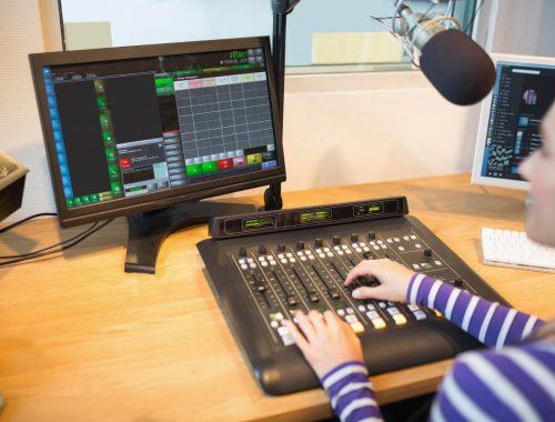 passo-a-passo-para-fazer-um-programa-de-radio.jpeg