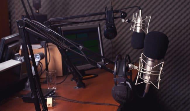5-dicas-para-montar-seu-estudio-de-radio-online