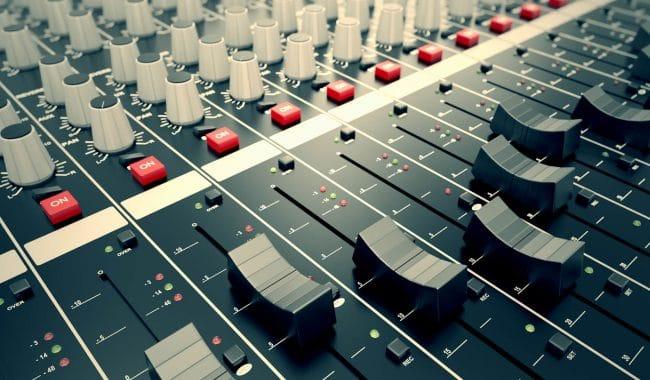 Aprenda como gerenciar rádio de forma sustentável e eficiente